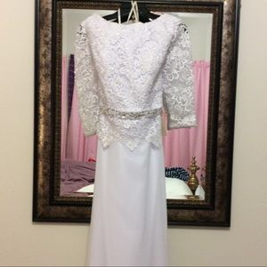 WEDDING DRESS NWT, SIZE 10 WEDDING DRESS